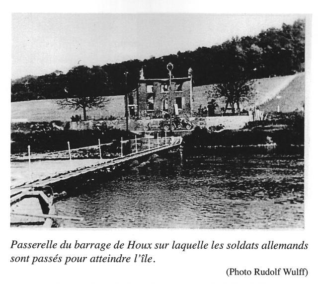 """Photo extraite de l'ouvrage de Dominique Halloin """"Mai 1940 Haut-le-Wastia au coeur de la tourmente"""" édité par le Musée du Souvenir de Haut-le-Wastia."""